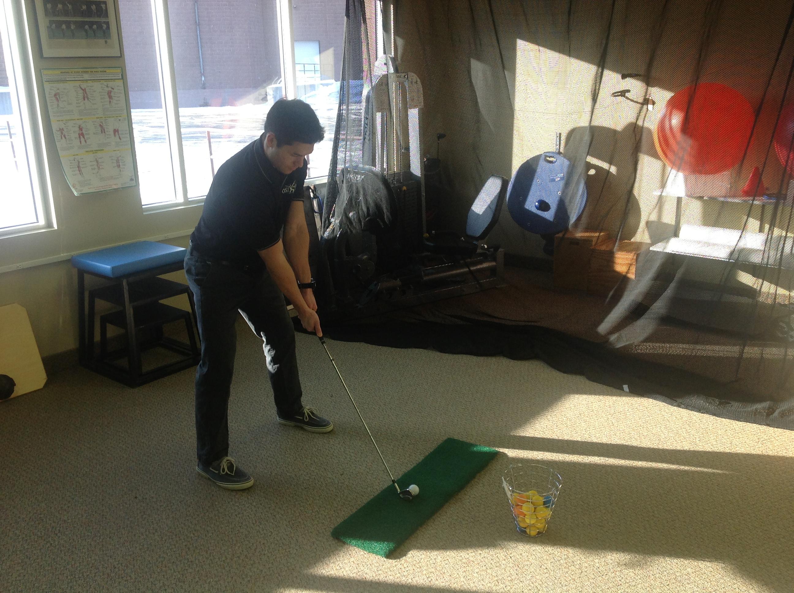 Video analysis of golf swing mechanics