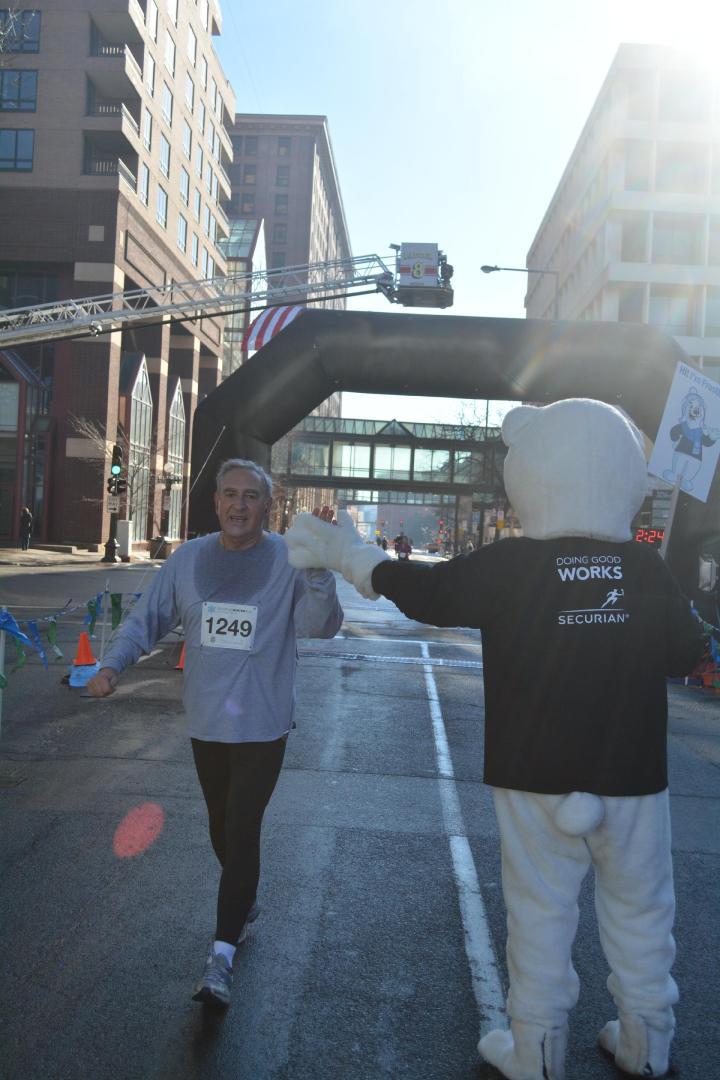 Securian Half Marathon 2015 bazu- Fred Turk